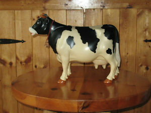 1977 Milky Cow by Kenner