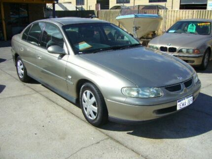 1999 Holden Commodore Vtii Acclaim 4 Speed Automatic Sedan Darch Wanneroo Area Preview