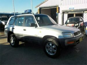 1997 Toyota RAV4 (4x4) Silver 5 Speed Manual 4x4 Wagon North St Marys Penrith Area Preview