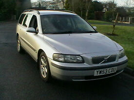 2004 VOLVO V70 D5 2.4 DIESEL S 5 DOOR ESTATE IN SILVER 2 OWNERS FSH HPI CLEAR