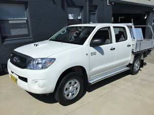 2010 Toyota Hilux KUN26R 09 Upgrade SR (4x4) White 5 Speed Manual Dual Cab Chassis