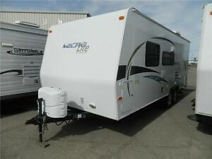 23 FOOT 2012 MICRO LITE 23 FB - GORGEOUS...JUST LIKE NEW!