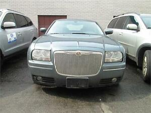 2005 Chrysler 300 Low Mileage/No Accident-Clean CarProof.