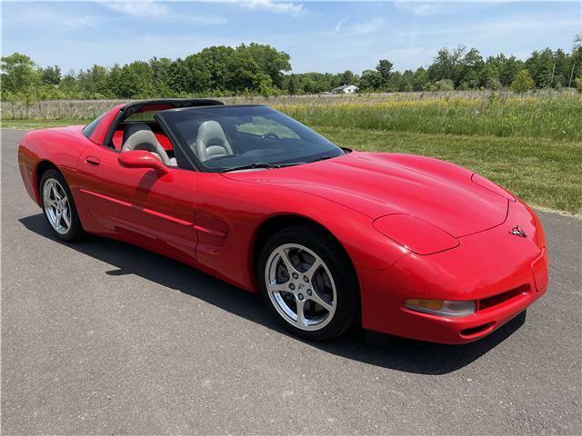 2000 Red Chevrolet Corvette Coupe  | C5 Corvette Photo 4