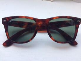 1e09bc8290 Genuine Ray-Ban Tortoise Wayfarers Sunglasses