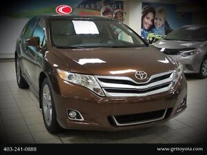 2014 Toyota Venza V6 XLE AWD w/ Panoramic Glass Roof