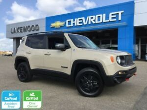 2017 Jeep Renegade Deserthawk 4WD(Removable Sunroof/Roof Panels)
