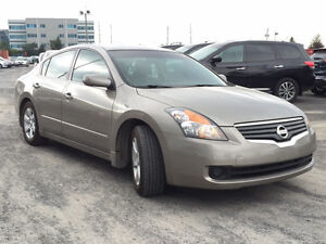 Low Milage 2007 Nissan Altima 2.5SL