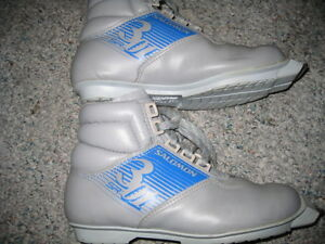 sns cross country ski boots