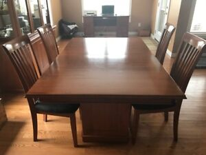 Solid Maple Dining Room Set