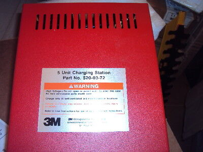 3M 520-03-72 Smart Battery Charger