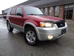 2005 Ford Escape Hybrid -SUPER CLEAN--CLEAN CARPROOF-SAVE ON GAS