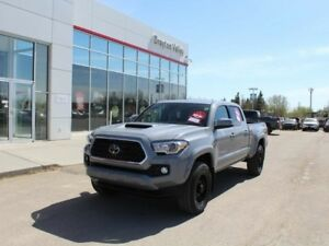 2018 Toyota Tacoma Trd Sport, Black rims! Leather, Nav, Back up
