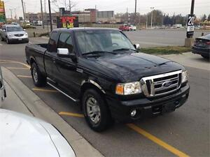"4X4|LOW KMS|JUST ARRIVED!!"" London Ontario image 2"