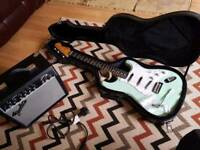Squier fender vintage modified surf green, amp and case