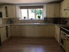 John Lewis Vermont kitchen units in cream just 5 years old!