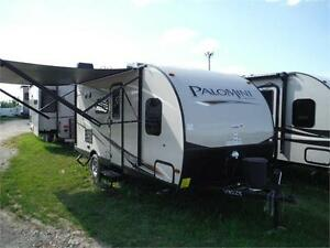2017 Palomini 177BH Ultra Lite Travel Trailer with Bunkbeds