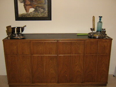Mid-Century Modern Henredon dining room set: Sideboard, table, 6 chairs, buffet Dining Room Modern Buffet