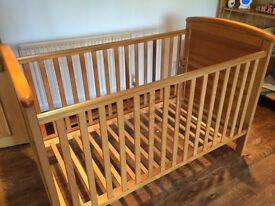 Cot bed - Mamas and Papas: Aspen range