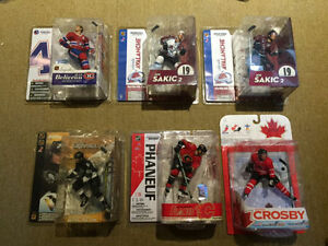 MCFARLANE NHL AND MLB COLLECTIBLE FIGURES W/VARIANTS & ERRORS