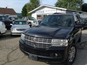 2009 Lincoln Navigator Ultimate Fully Certified! No Accidents!
