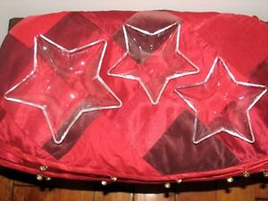 Star Shaped Pressed Glass Serving Dishes Bowls, Set of 3, Party Kitchener / Waterloo Kitchener Area image 1