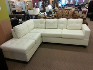 New arrival downtown modern leather sectional with cupholders