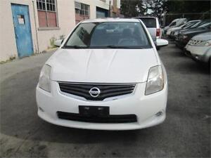 2010 Nissan Sentra 126KM ONLY/Sunroof/Big Screen Radio.