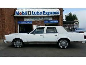 Rare Find! 1989 Lincoln Town Car Signature Brand New Cond! 5.0L
