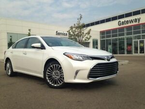 2018 Toyota Avalon Limited 4dr Sedan Navi, Backup Cam, Push Butt