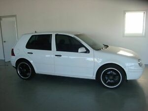 2003 Volkswagen Golf 2ND GENERATION White Manual Hatchback Eight Mile Plains Brisbane South West Preview