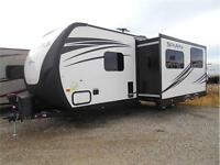 263 RBDSK Solaire  Great Couples Trailer