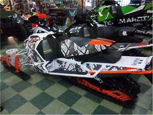 """2017 ARCTIC CAT ZR 8000 LIMITED 137"""" FREE TRAIL PASS INCLUDED! Peterborough Peterborough Area image 2"""