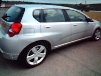 CHEVROLET AVEO LS, SILVER, 5 DOOR HATCHBACK. M.O.T. MARCH 2019. ABS. ALARM. A/C P/S E/W CD PLAYER.