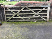 Diamond brace Hardwood Gate