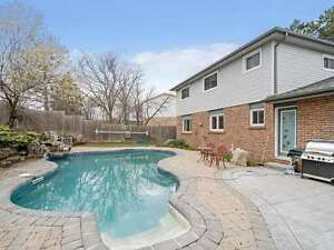 Home For Sale In Georgetown! Fantastic Detached W. Pool!
