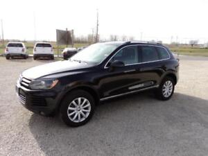2011 VW Touareg Highline Panoramic Sunroof Loaded
