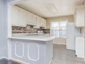 Home Buyer's Dream TownHouse@Hwy 10/Bovaird,L6S3K8