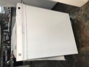 Used Kenmore Dishwasher for sale !  $40 OBO !