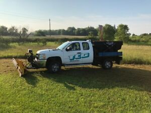 2011 Silverado 2500 pick up with salter and plow