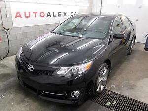 2012 Toyota Camry SE SPORT CUIR NAVI TOIT CAMERA *RÉSERVÉ*