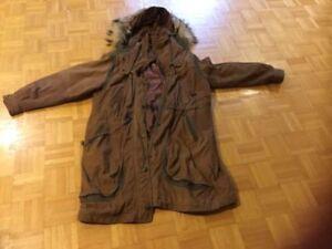 Manteau hiver pour femme... grandeur large