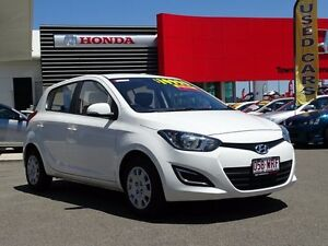 2013 Hyundai i20 PB MY14 Active Coral White 4 Speed Automatic Hatchback Garbutt Townsville City Preview