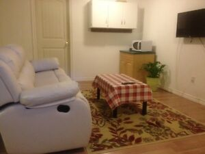 Nice basement bedrooms for girls, close to University