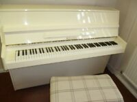 Upright Piano Rogers in Stunning Cream Colour (FREE LOCAL DELIVERY TN12 KENT) Just been Tuned