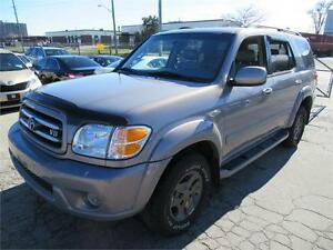 2002 TOYOTA SEQUOIA LIMITED LEATHER 8 SEATTER.