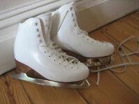 Risport Figure Skates Complete (size 240) includes blade guard
