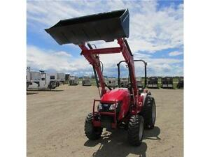 New TYM T354 - 35 HP Ranch Tractor w. ROPS & Front Loader Edmonton Edmonton Area image 3
