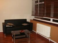 Modern fully furnished THREE BEDROOM Maisonette | Pimlico Victoria SW1 - London | With garden