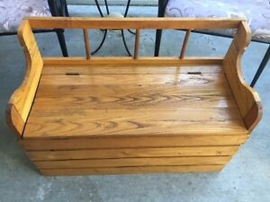 Kids Deacon Bench With Storage